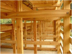 Tribuna campo sportivo Rossiglione legno Larice