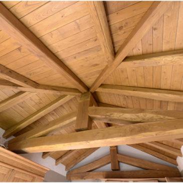 tetto in legno castagno